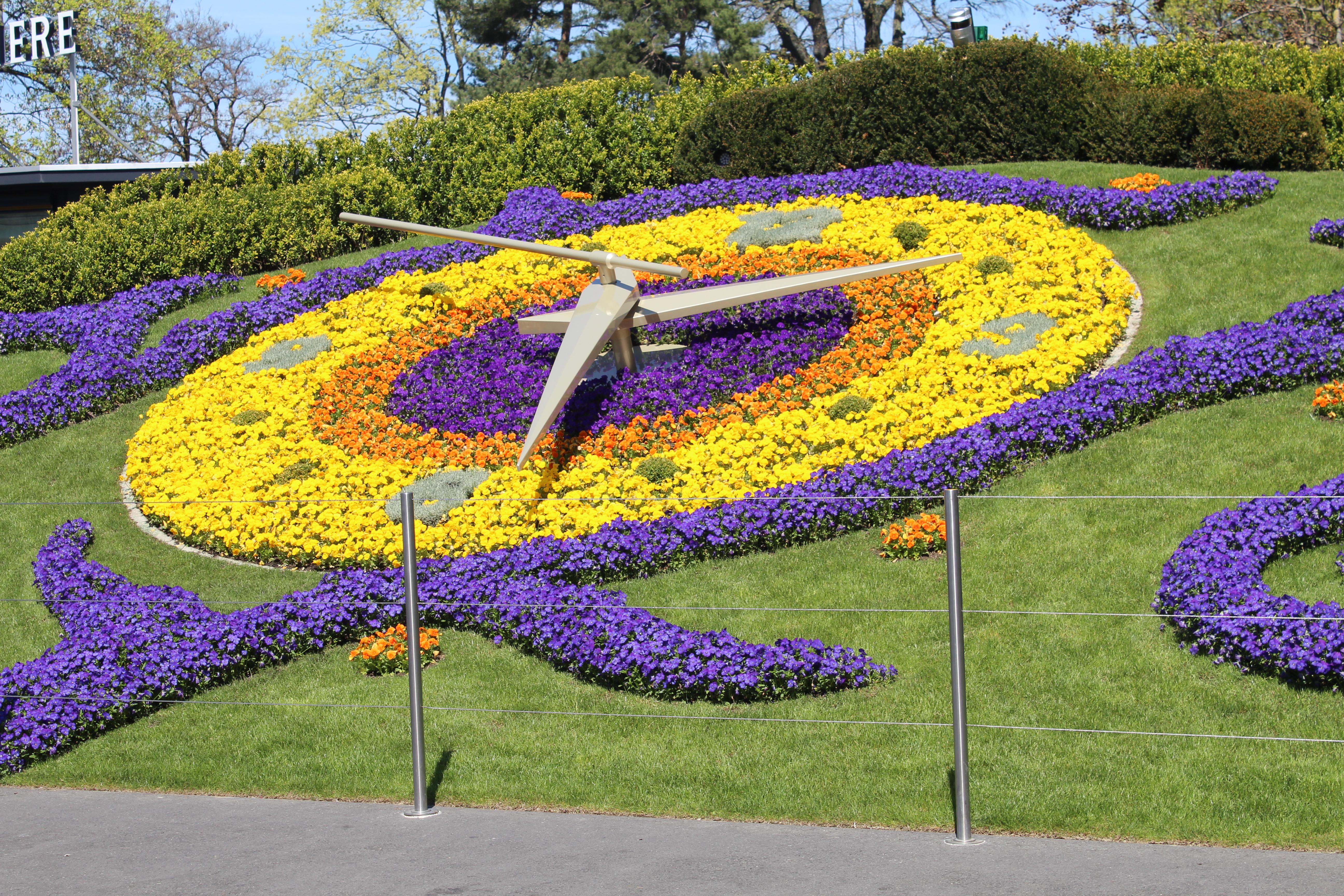 File Horloge Fleurie Parc Jardin Anglais Geneve 2 Jpg Wikimedia