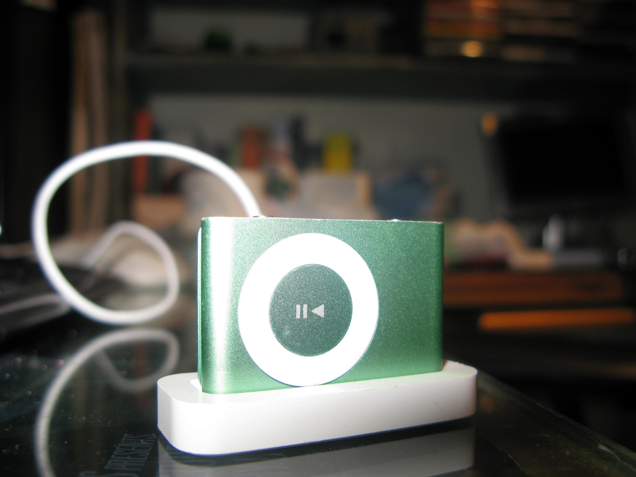 File:Ipod Shuffle.JPG - Wikimedia Commons