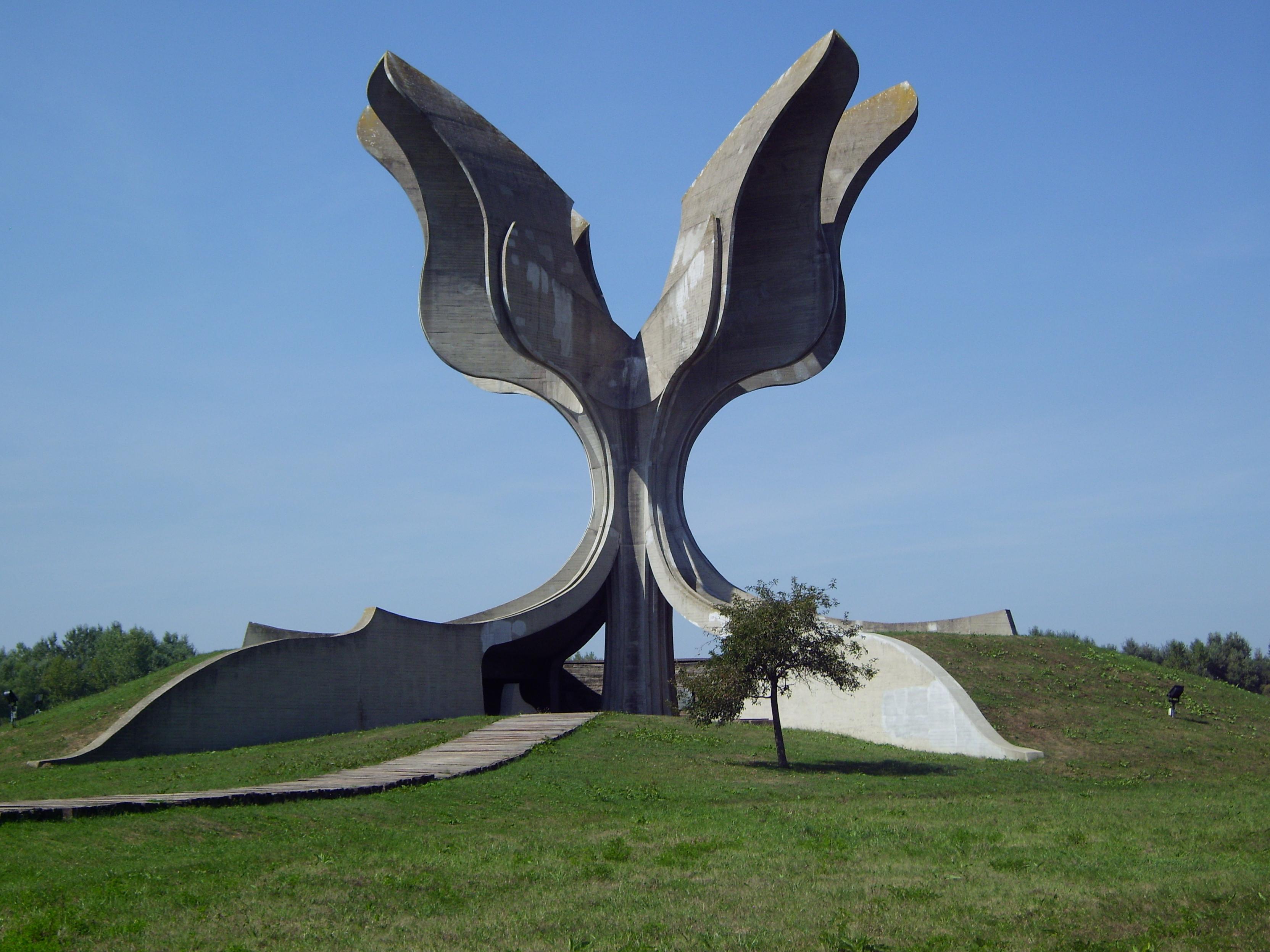 Stone Flower Sculpture Wikipedia