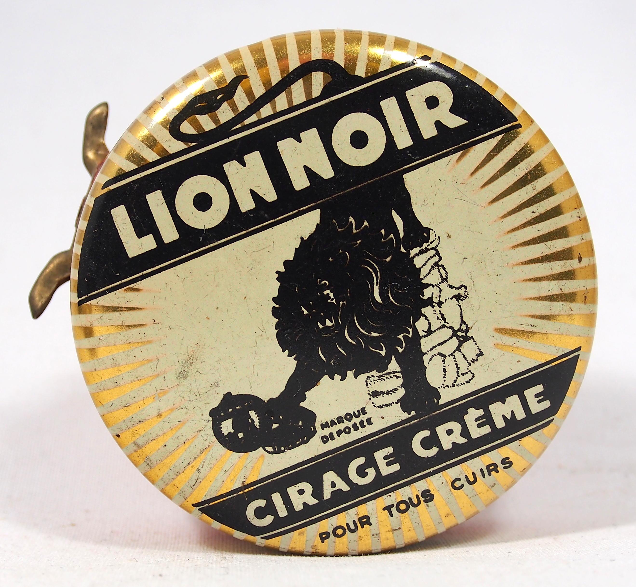 """Résultat de recherche d'images pour """"Lion Noir cirage wikipedia"""""""
