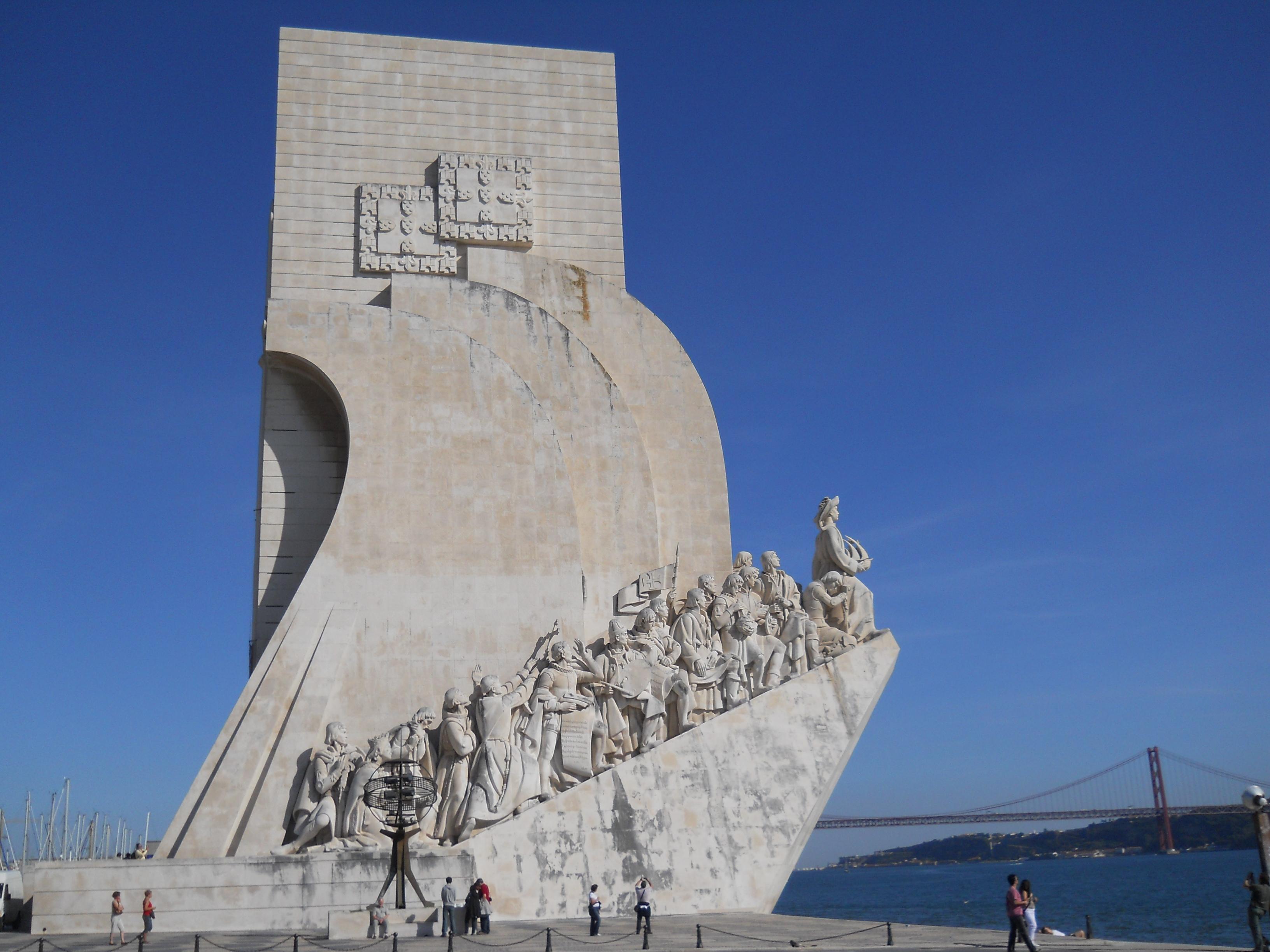 File:Lisbon Portugal 050 Padrão dos Descobrimentos (5107470963).jpg -  Wikimedia Commons