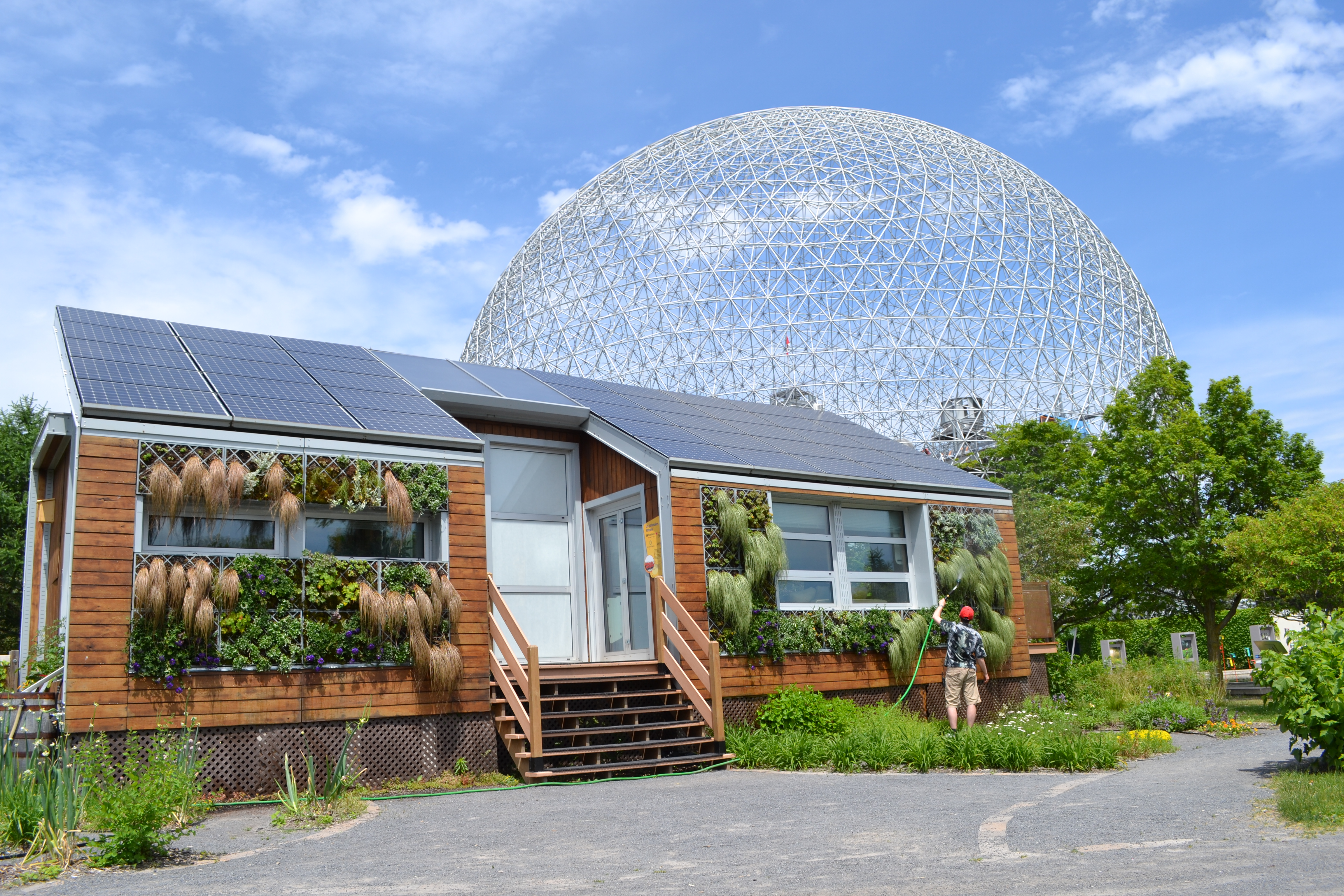 file maison solaire coologique le sainte h l ne 02 jpg wikipedia. Black Bedroom Furniture Sets. Home Design Ideas