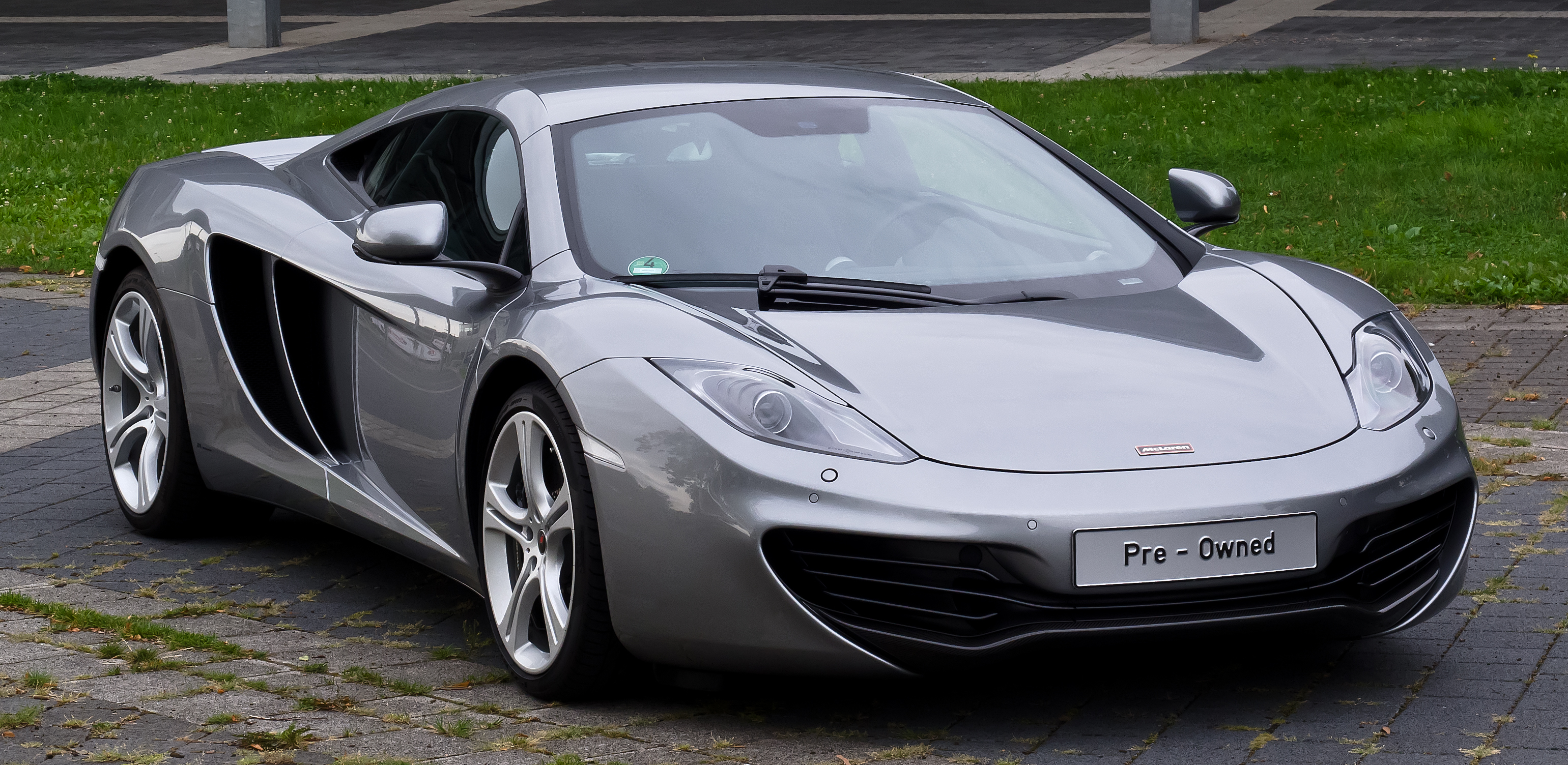McLaren_MP4-12C_%E2%80%93_Frontansicht_%281%29%2C_30._August_2012%2C_D%C3%BCsseldorf Astounding Vauxhall Lotus Carlton 3.6 Twin Turbo for Sale Cars Trend