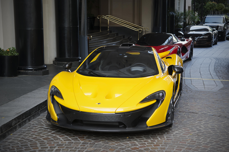 FileMcLaren P1, Ferrari LaFerrari, and Bugatti Veyron