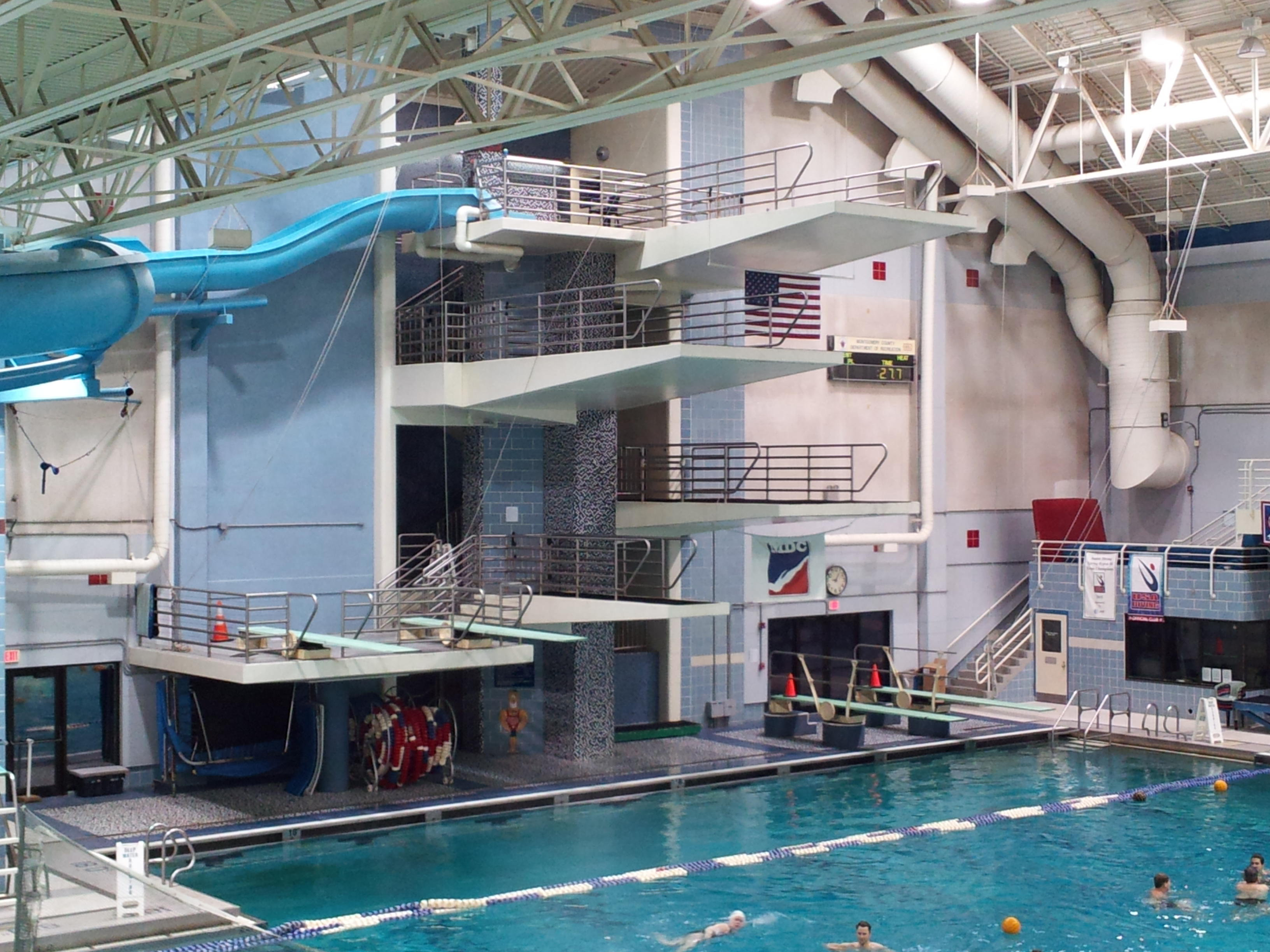 File Montgomery Aquatic Center Diving Wikimedia Commons