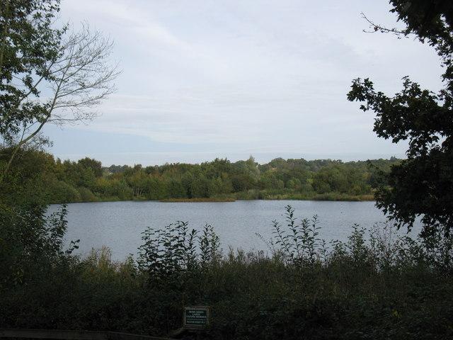 Moor Green Lakes - geograph.org.uk - 1528153