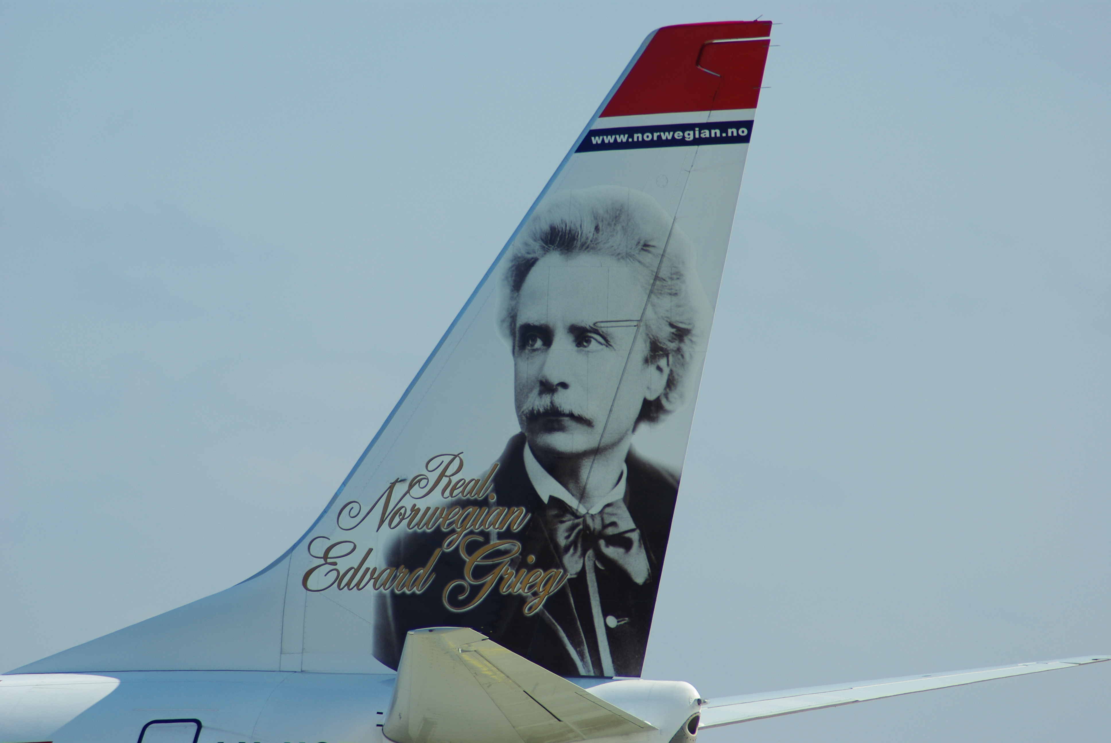 Topic Musique - Page 34 Norwegian_B737-800_Tail_LN-NOB