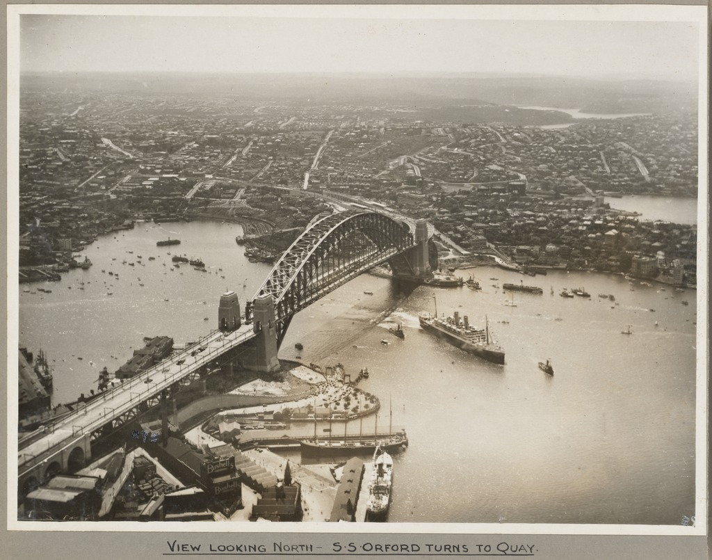 Sydney-Australia-1932-Sydney-before-and-after-Sydney-Harbor-Bridge