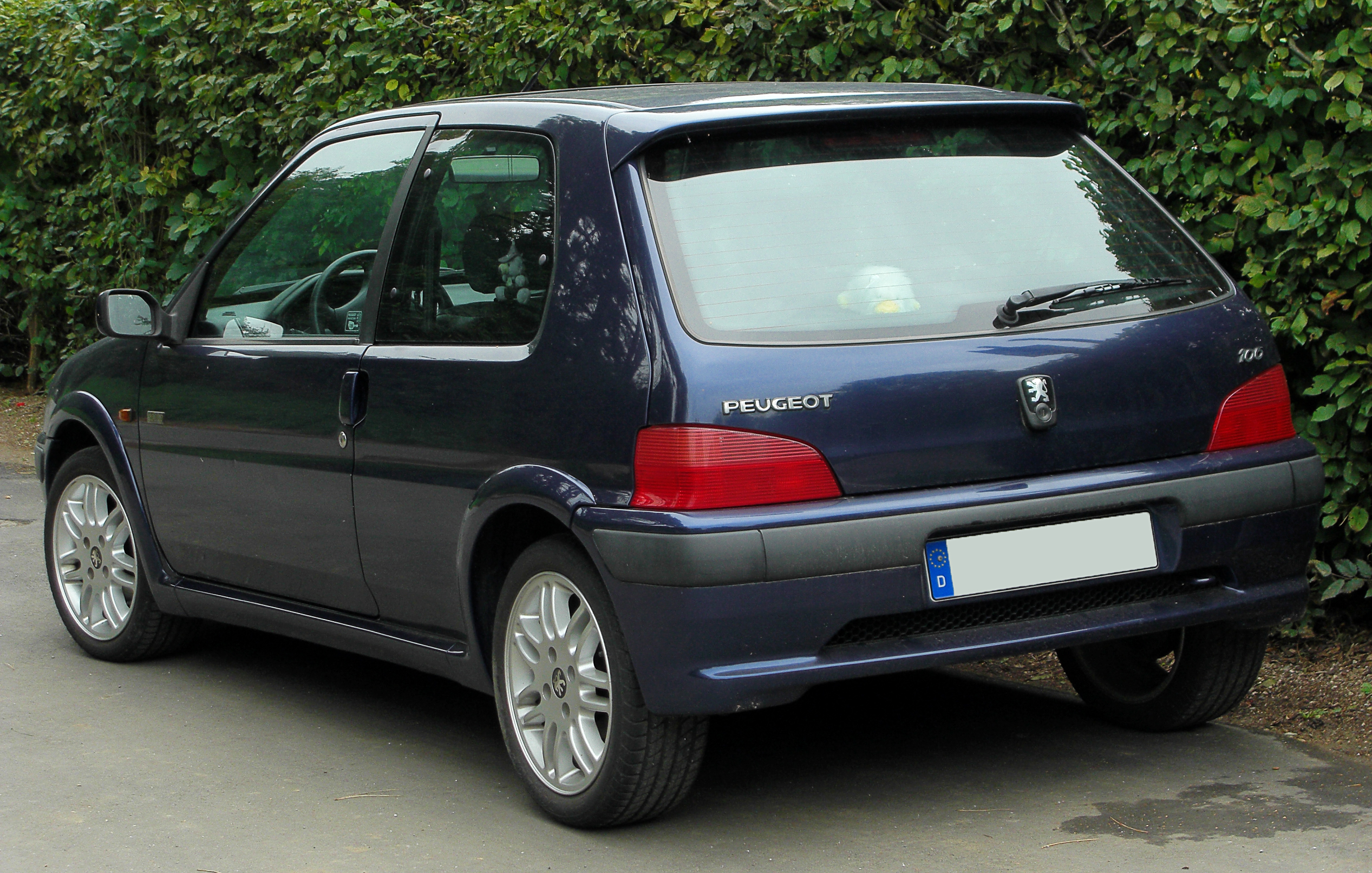 file peugeot 106 sport facelift rear wikimedia commons. Black Bedroom Furniture Sets. Home Design Ideas