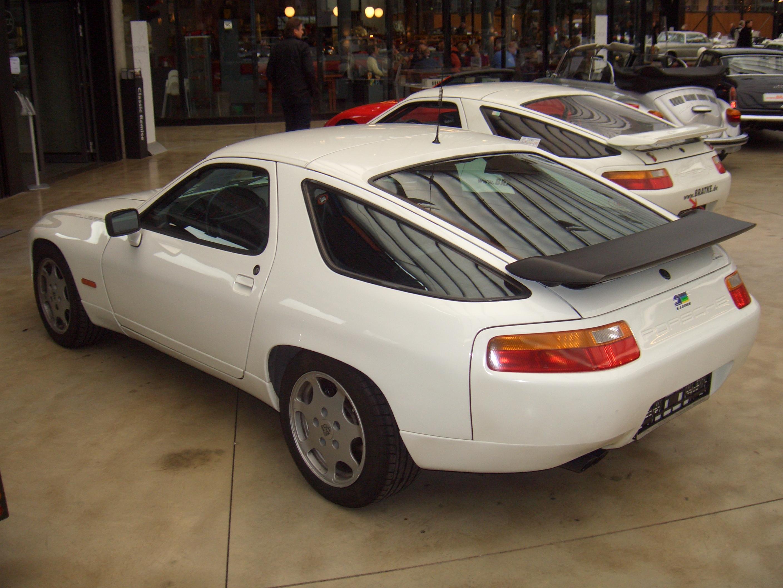 File Porsche 928 S4 Clubsport Prototype 000 928 1987 1987 Backleft 2011 12 04 A Jpg Wikimedia