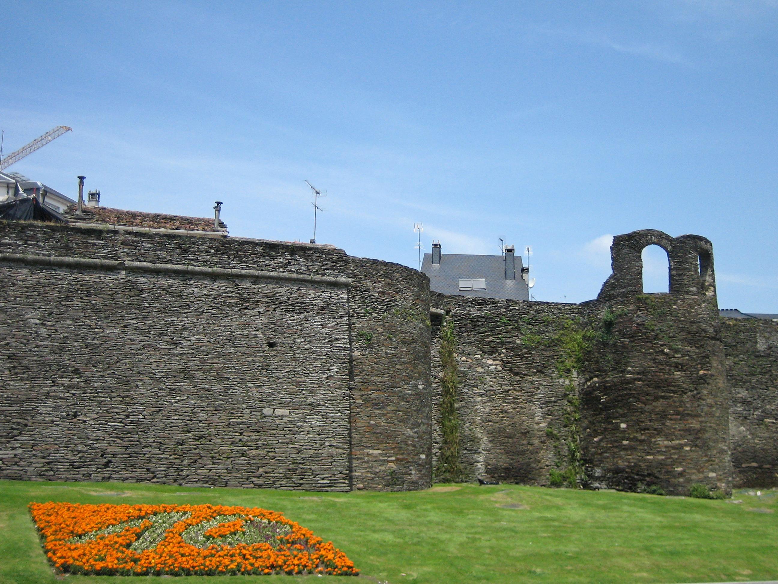 Roman Walls of Lugo - Sights