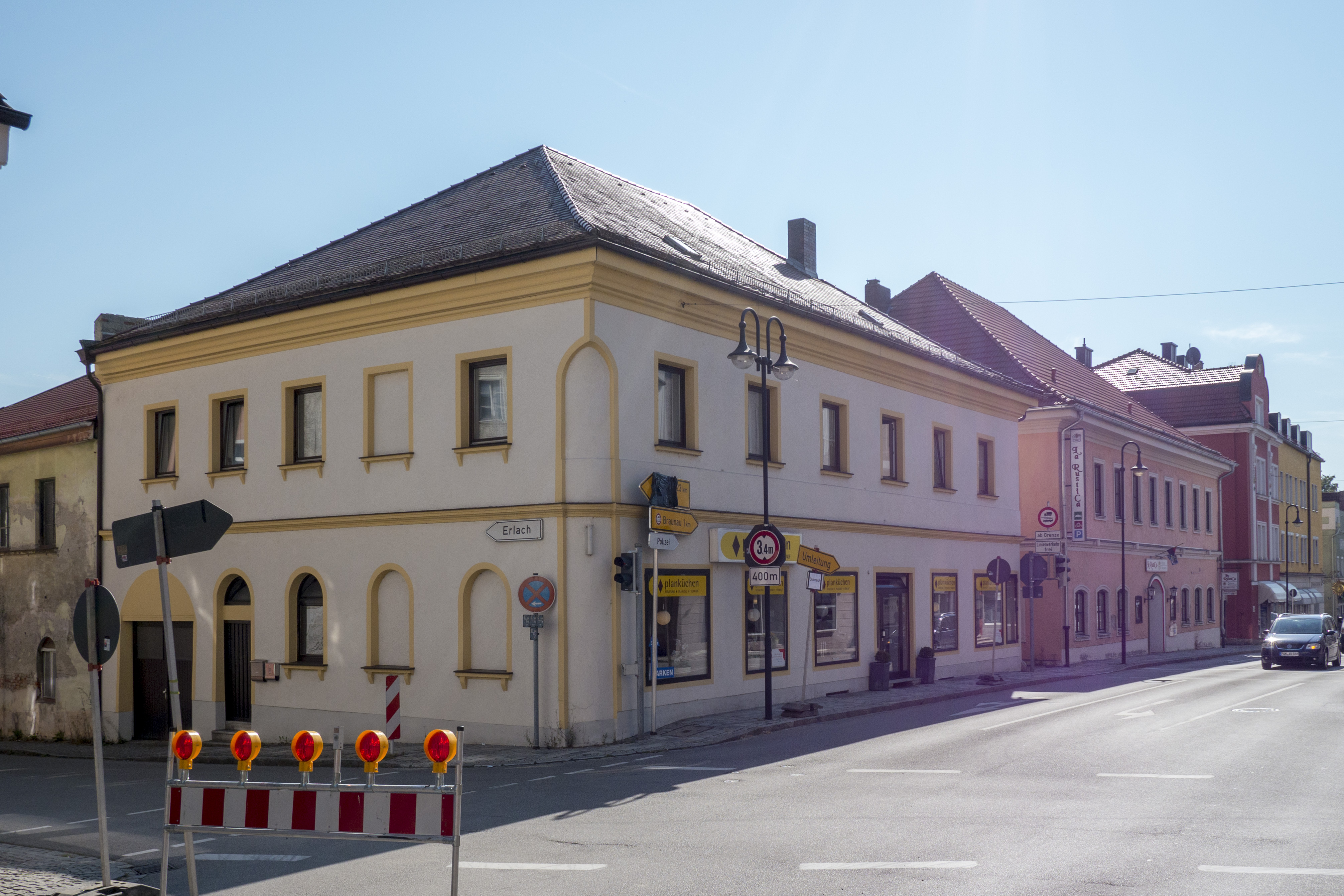 File Simbach Innstrasse 1 Jpg Wikimedia Commons
