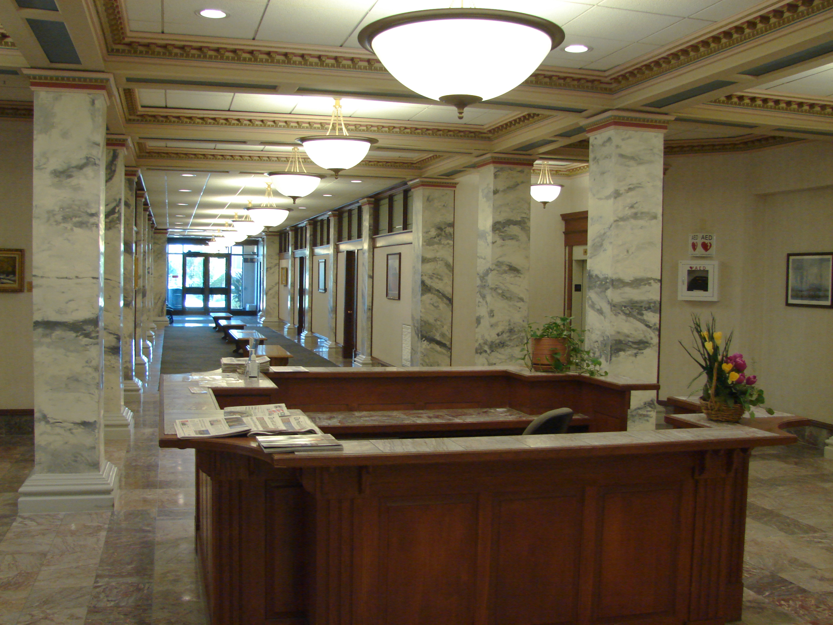 File:South On Lower Floor Of Historic Utah County Courthouse, Jul 15