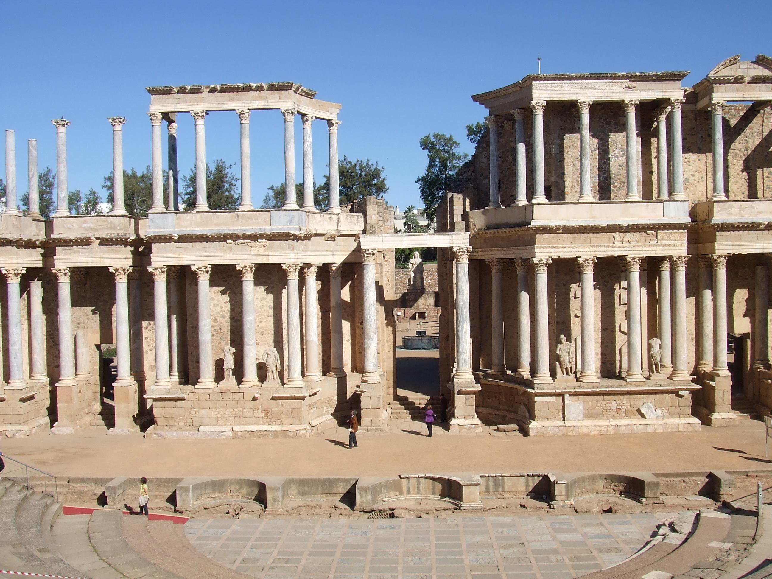 File:Teatro Romano de Mérida 01.JPG - Wikimedia Commons