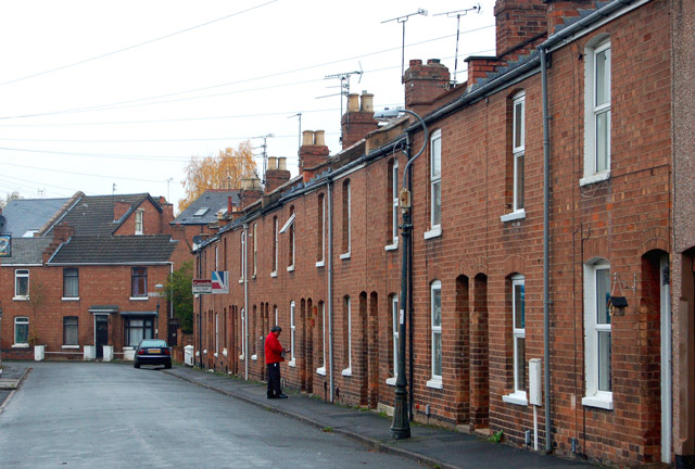 File terraced houses in rushmore street leamington spa for What is terrace house