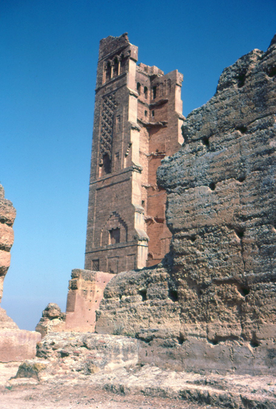 Tlemcen Algeria  city photo : Tlemcen, Algeria Ruin of Mansoura Wikimedia Commons