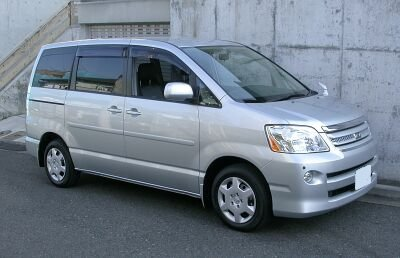 Jeep New Model >> Toyota Voxy – Wikipedia, wolna encyklopedia