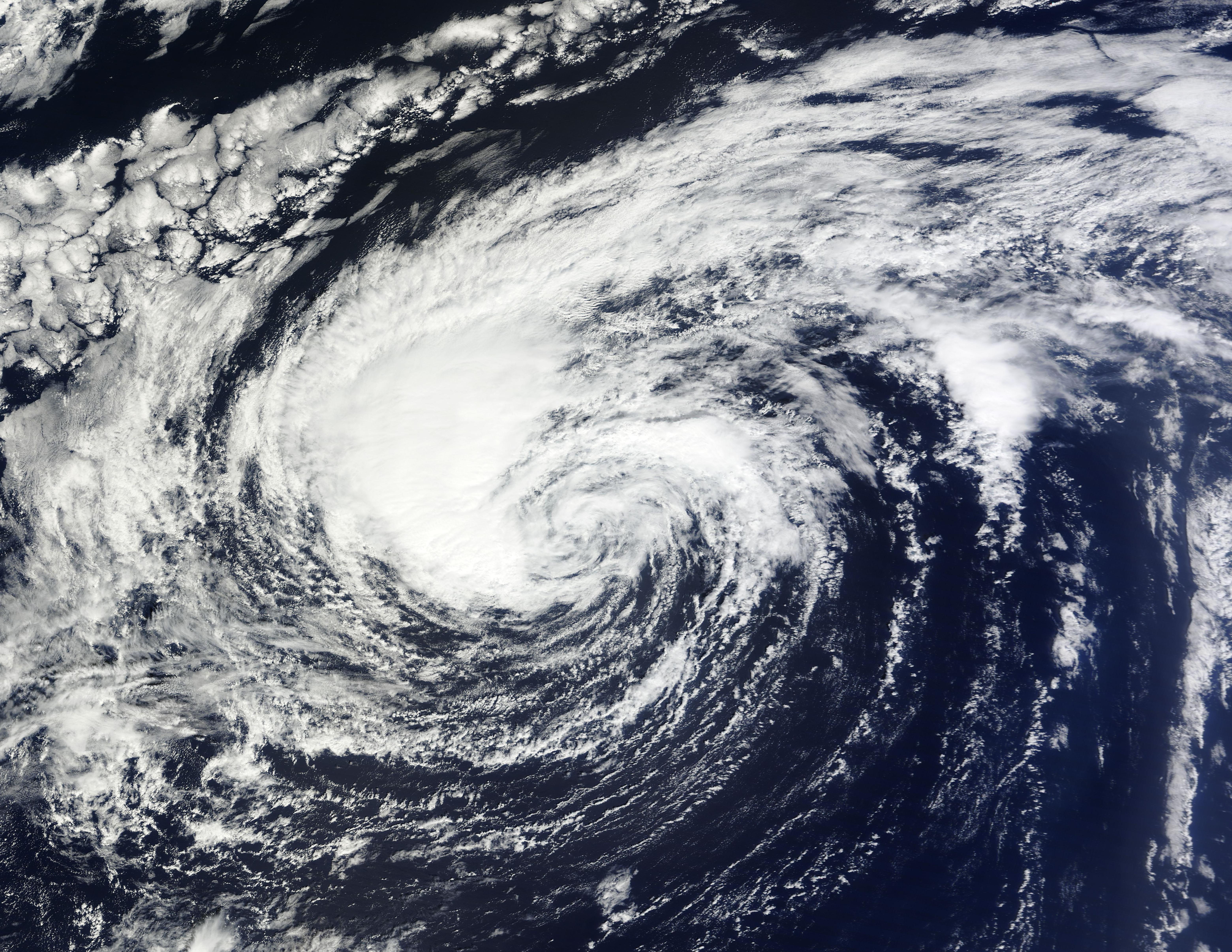 Description Tropical Storm Nadine 2012-09-24 1250 UTC.jpg
