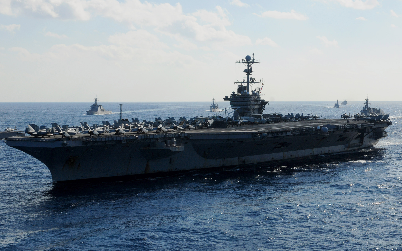 Us navy 101210 n 5538k 020 the aircraft carrier uss george washington