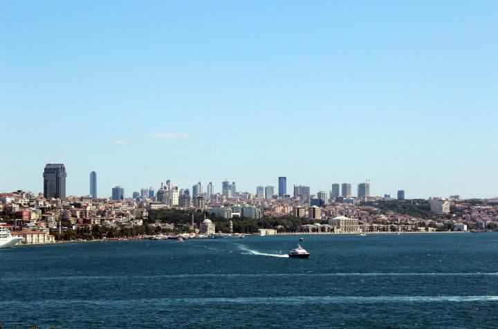 File:Uitzicht van Istanbul - Europeese kant.jpg