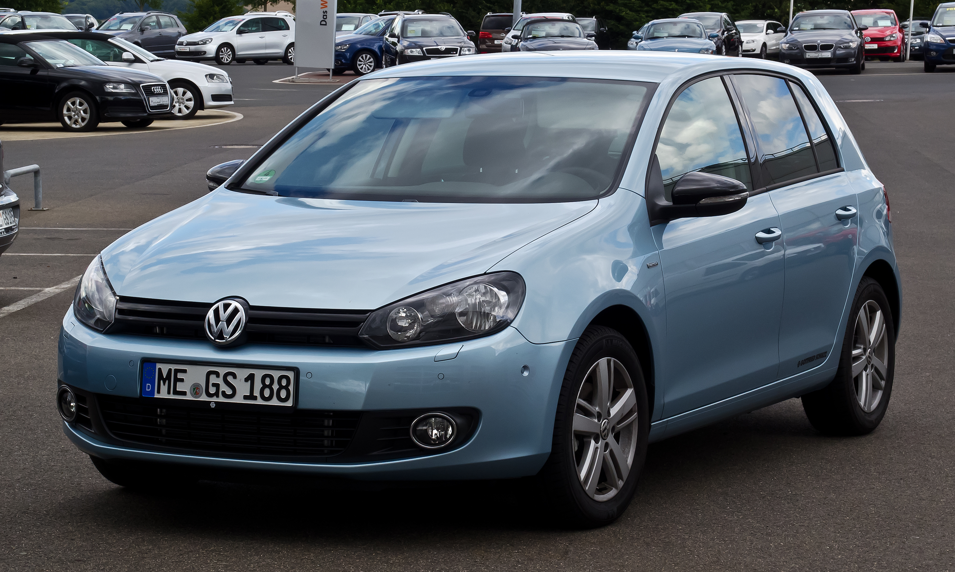 datei vw golf 1 4 tsi match vi frontansicht 25 august 2012 wikipedia. Black Bedroom Furniture Sets. Home Design Ideas