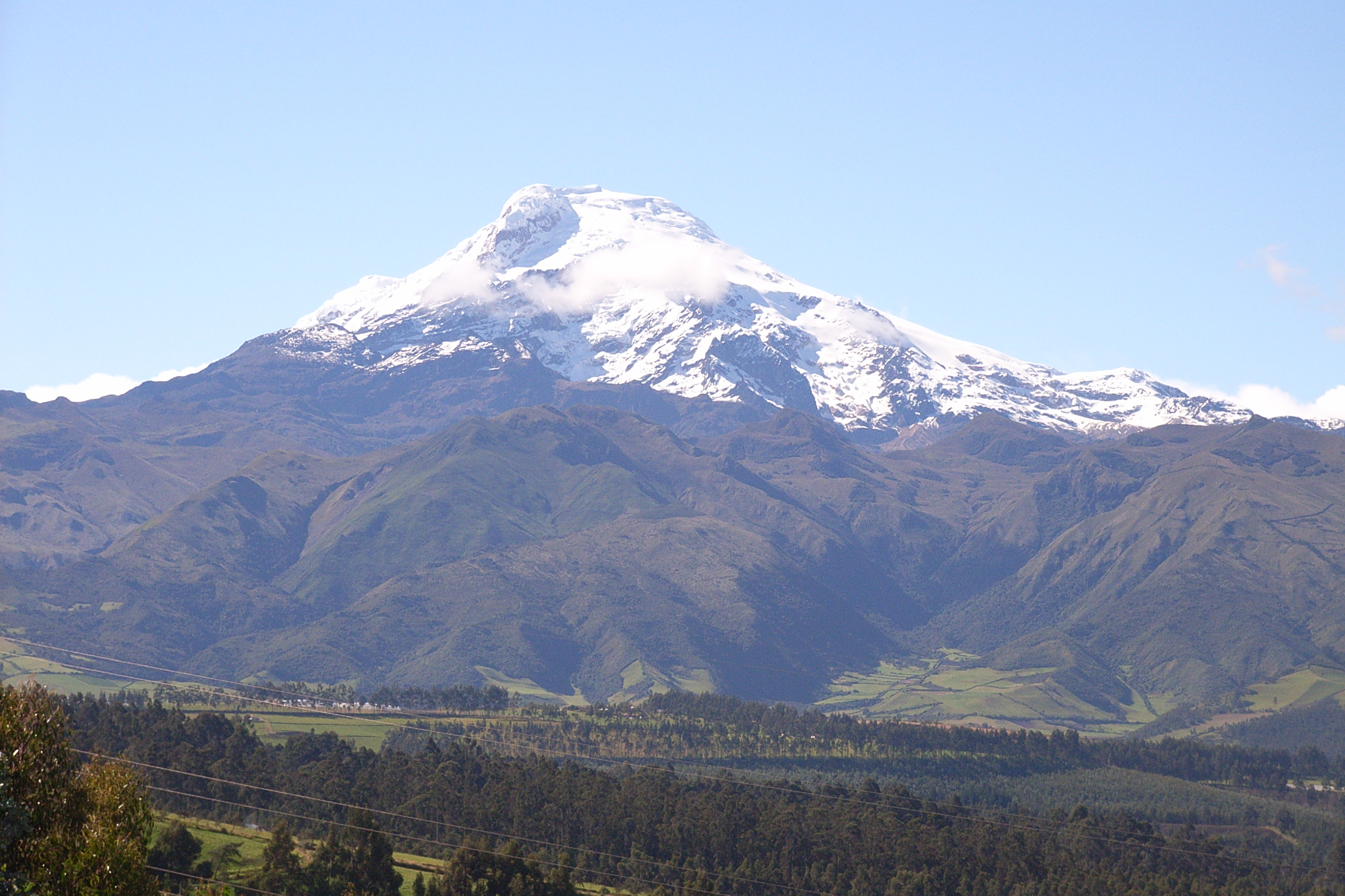 Archivo:Vulkan Cayambe Ecuador.jpg - Wikipedia, la enciclopedia libre