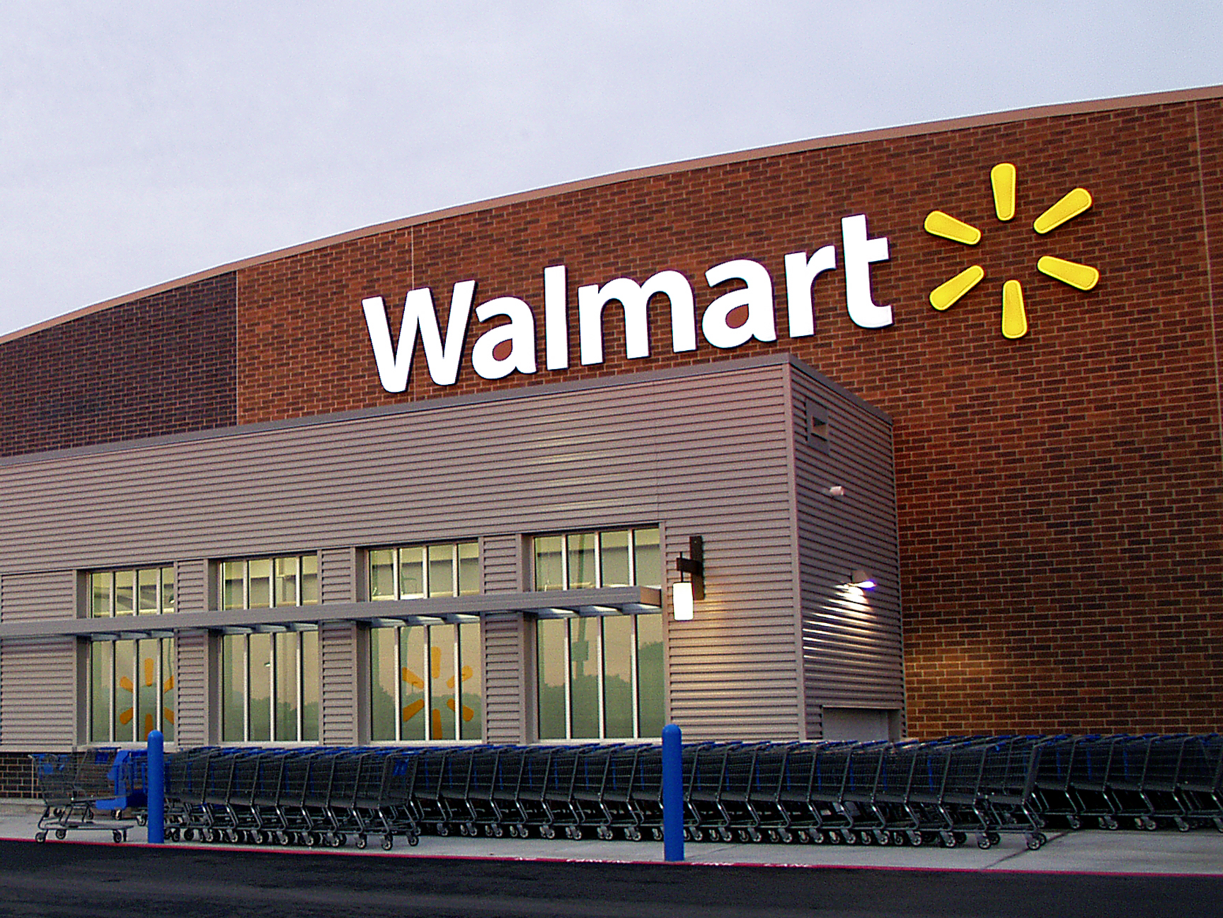 This Thanksgiving, WalMart employees will strike in protest of low wages and poor working conditions. (Creative Commons/Wikimedia)