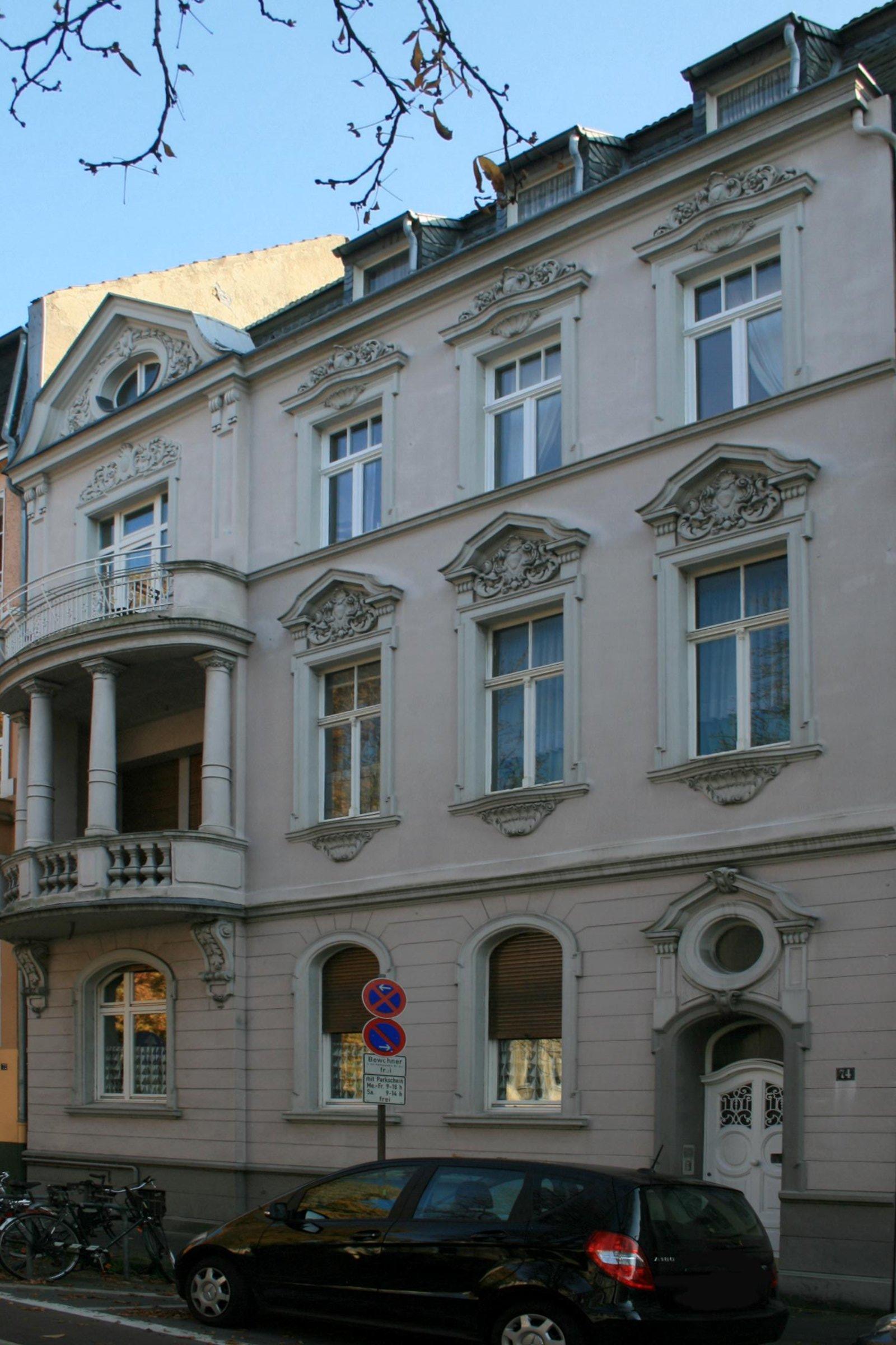 (136) 1-308 Wohnhaus, Drususallee 74 (Neuss).jpg