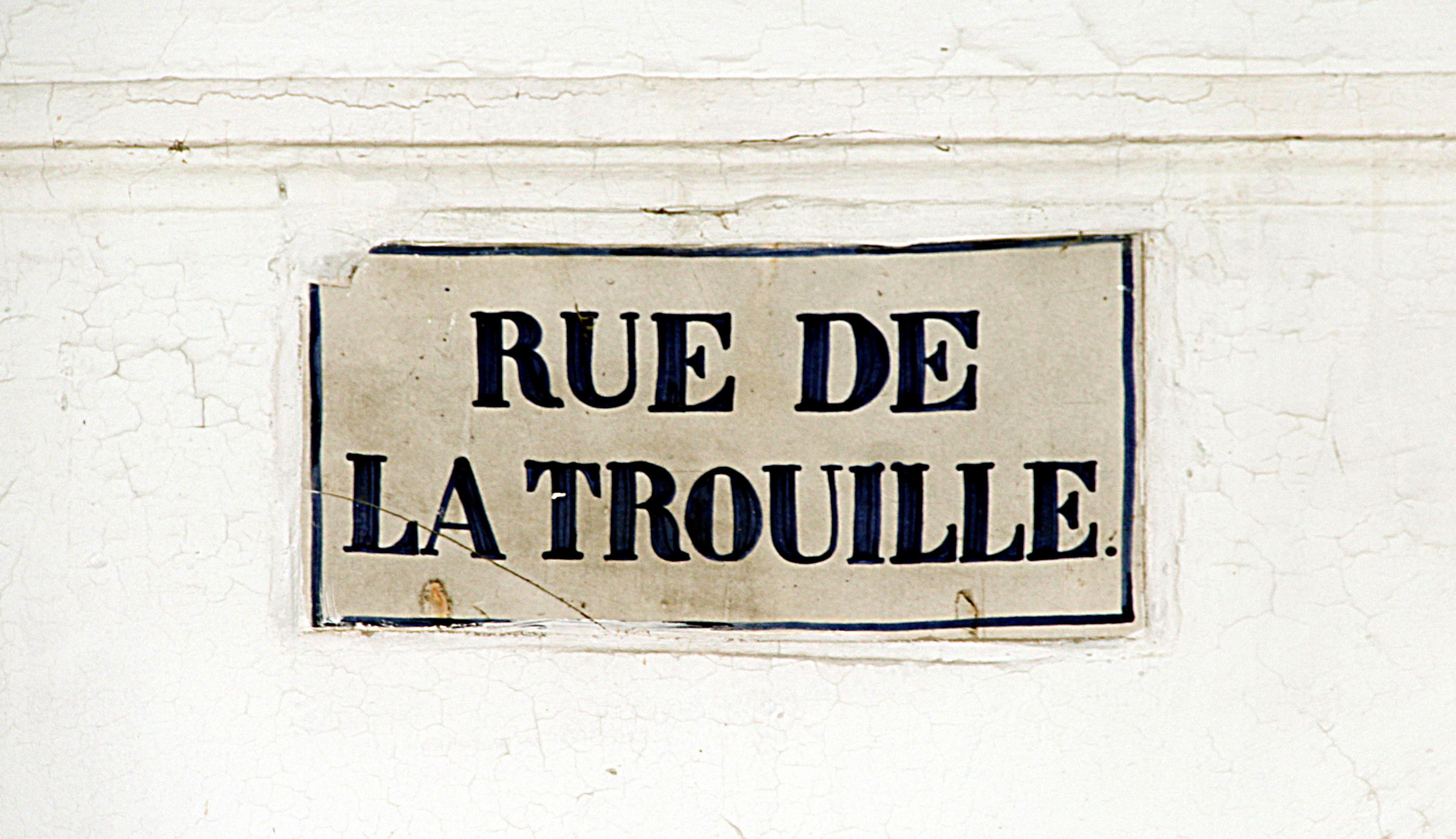 0_Mons_-_Rue_de_la_Trouille_(1).JPG