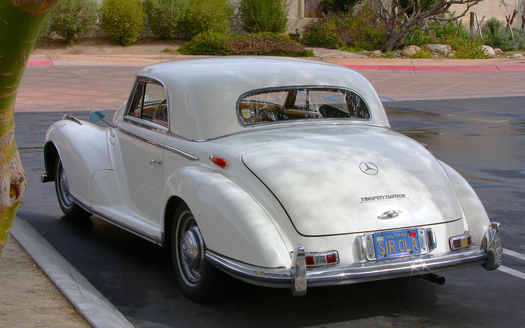 Resultado de imagem para Mercedes-Benz 300 S Coupé de 1953