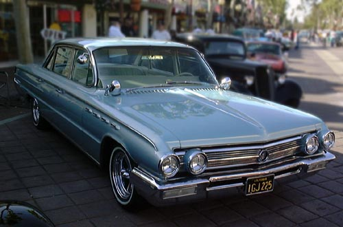 1973 chrysler new yorker with File 1962 Buick Electra 225 on File 1962 Buick Electra 225 together with 272021270915 besides 131871095308785403 additionally 1974 Chevrolet Caprice Classic photo together with 1.
