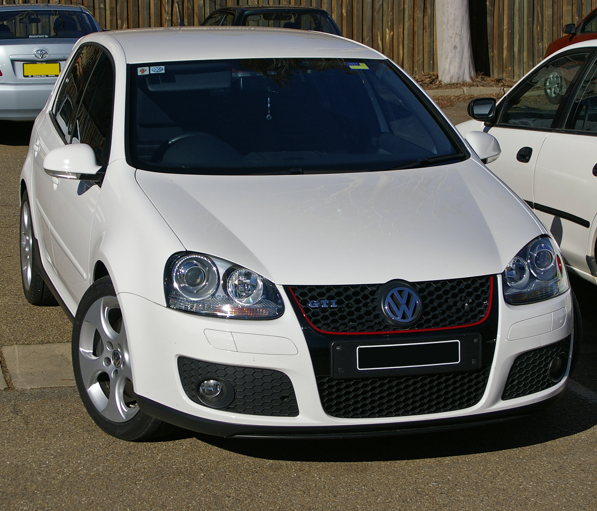 2009 volkswagen golf gti related infomation specifications weili automotive network. Black Bedroom Furniture Sets. Home Design Ideas