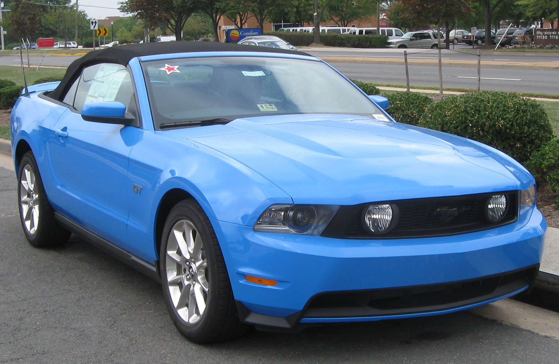 file 2010 ford mustang gt convertible 2 09 07. Black Bedroom Furniture Sets. Home Design Ideas