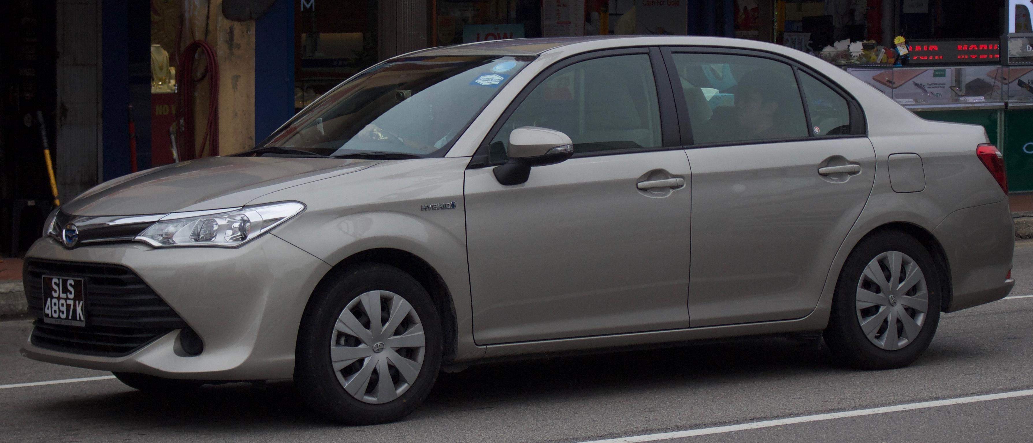 File 2016 Toyota Corolla Axio Nke165 Hybrid Sedan 2017 11