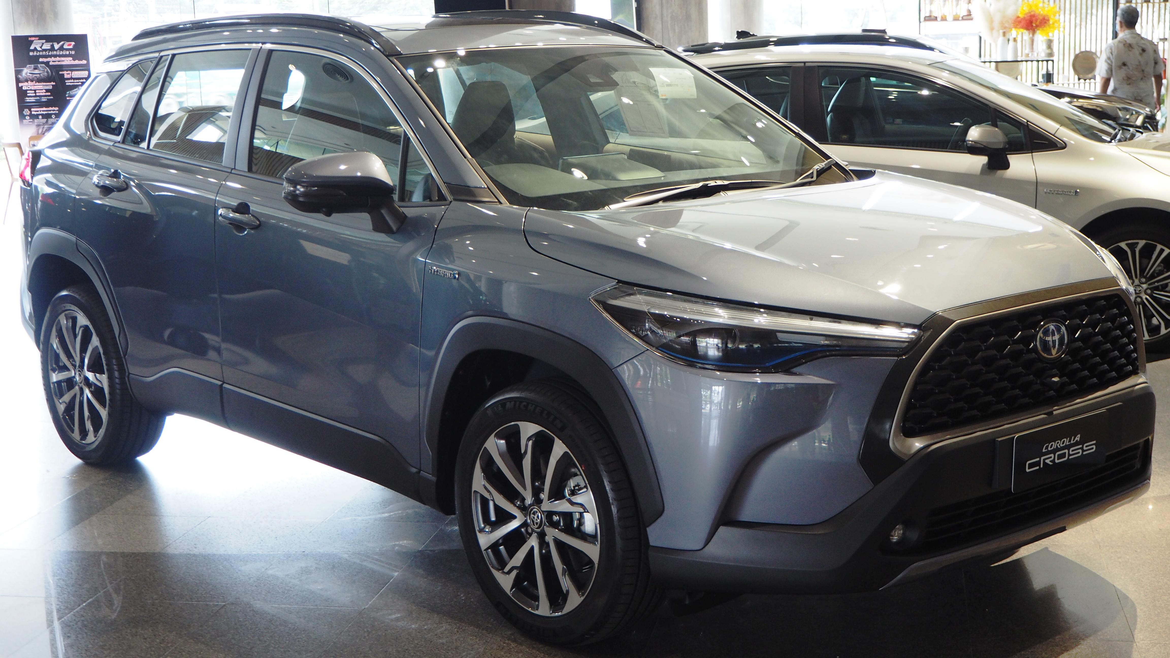 Kelebihan Toyota Premium Harga