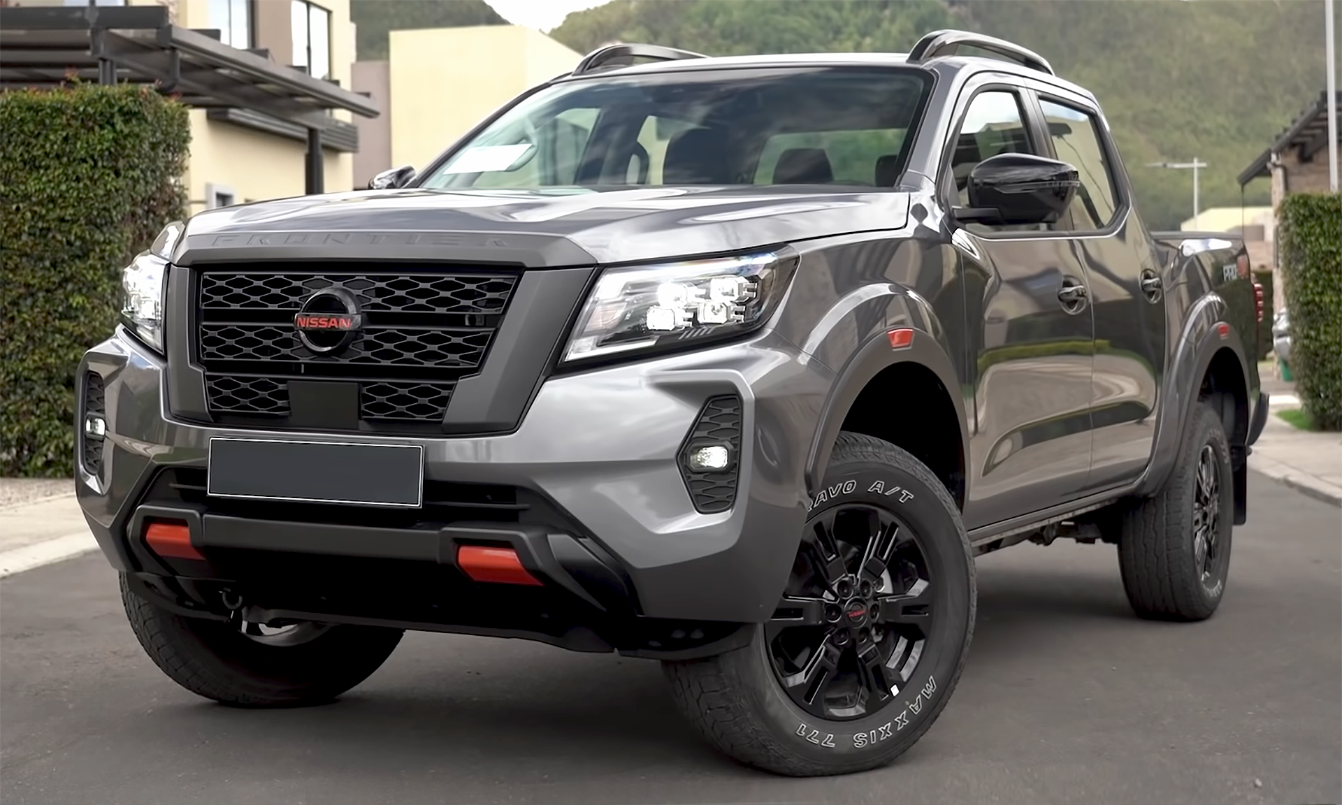 Silver Nissan Frontier
