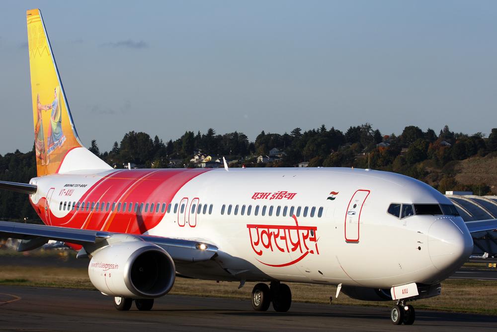 एयर इंडिया एक्सप्रेस उड़ान ८१२
