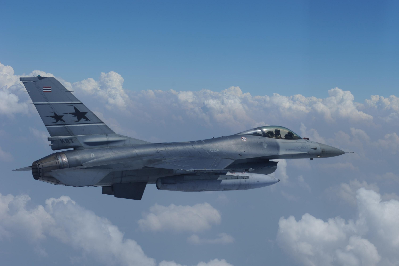 File:A Royal Thai Air Force F 16 Fighting Falcon aircraft