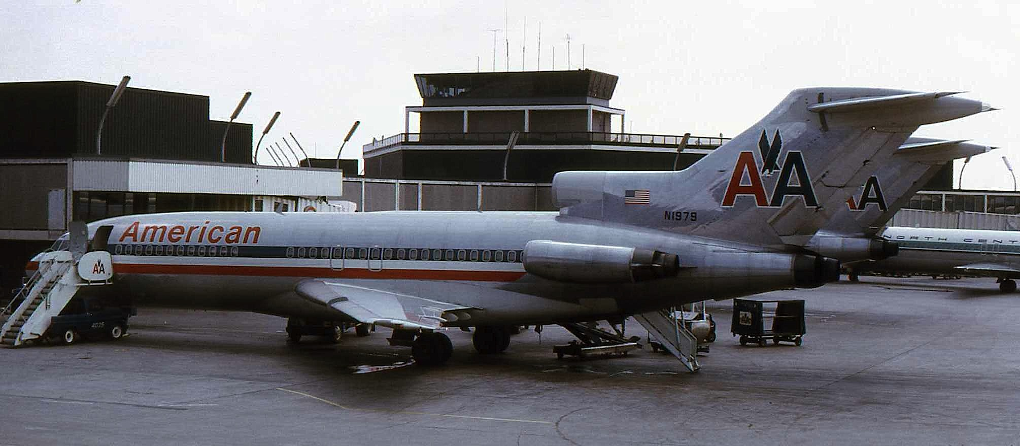 Http Commons Wikimedia Org Wiki File American Airlines B 727 N1979 Jpg