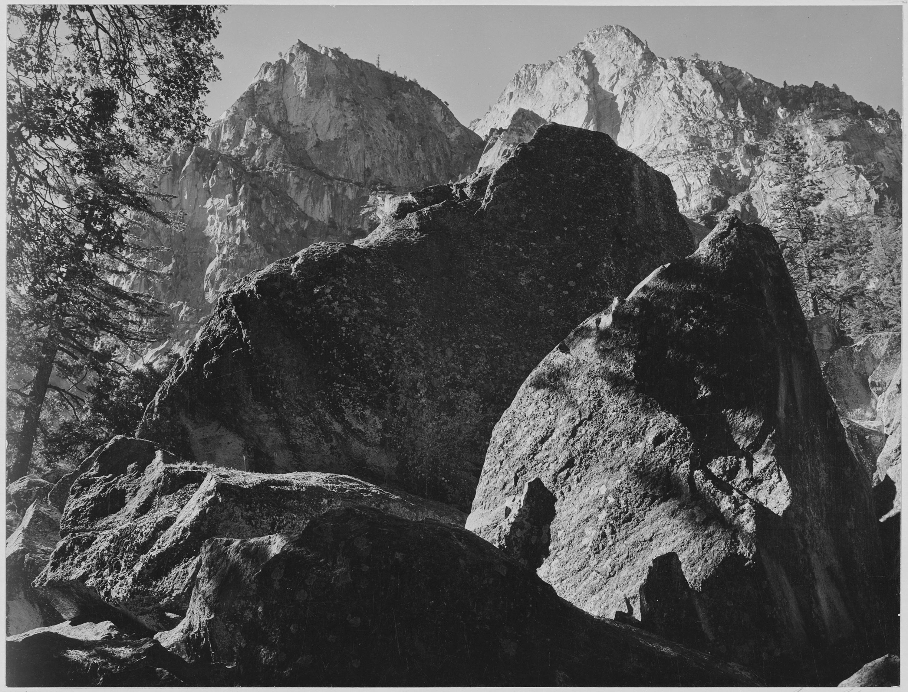 Grand Sentinel, Kings River Canyon