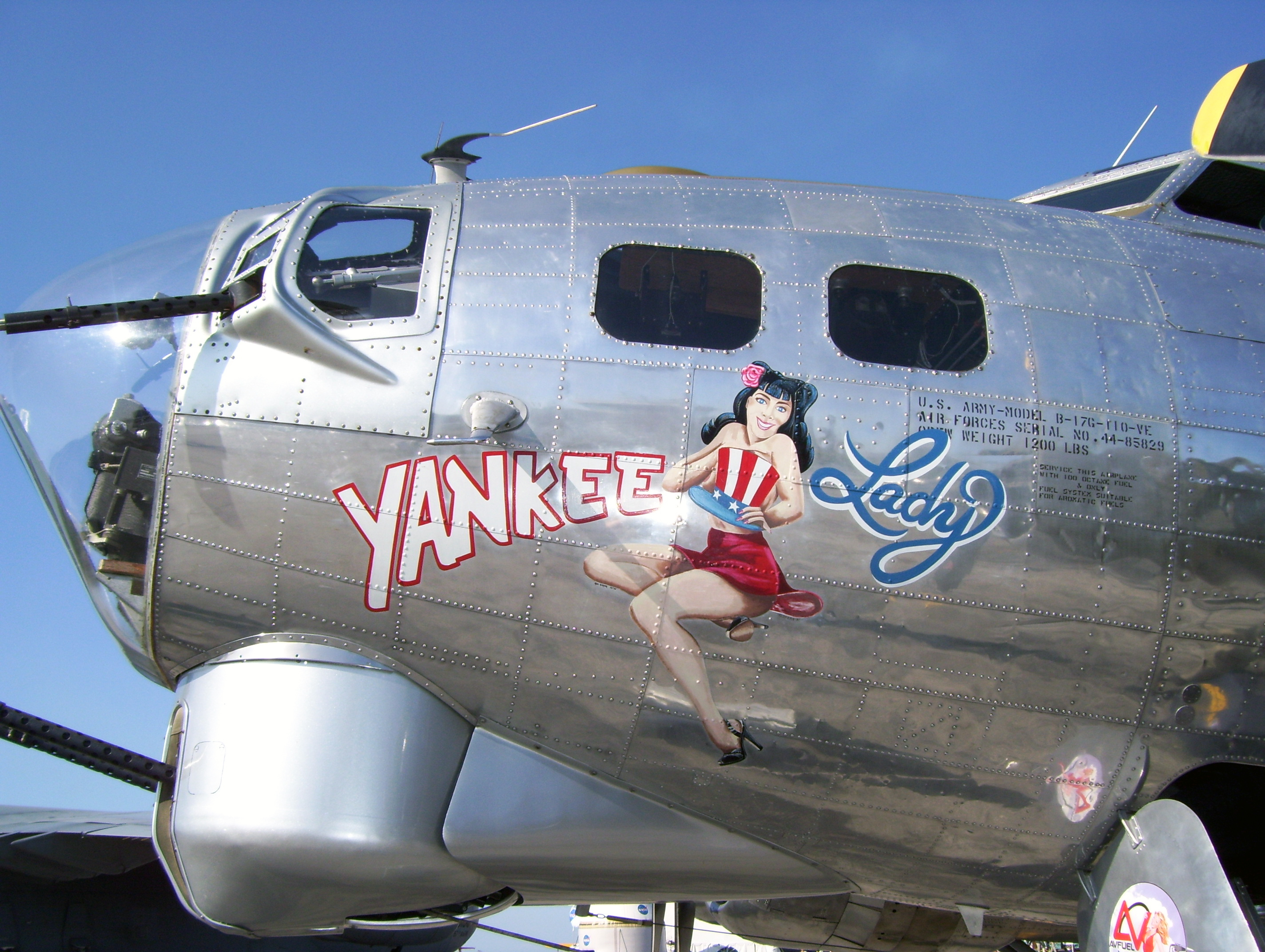 B-17_Yankee_Lady_nose_art.jpg