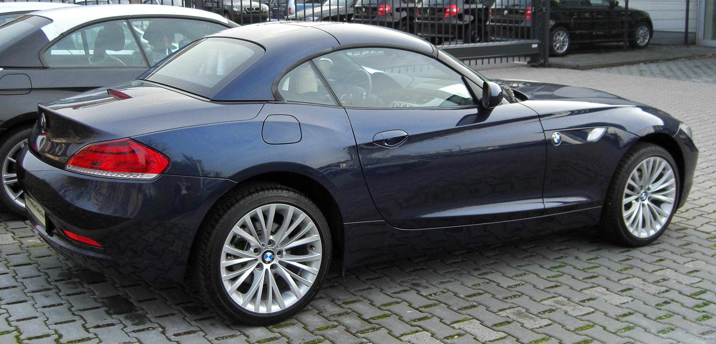 File Bmw Z4 Ii Rear 20100329 Jpg Wikimedia Commons
