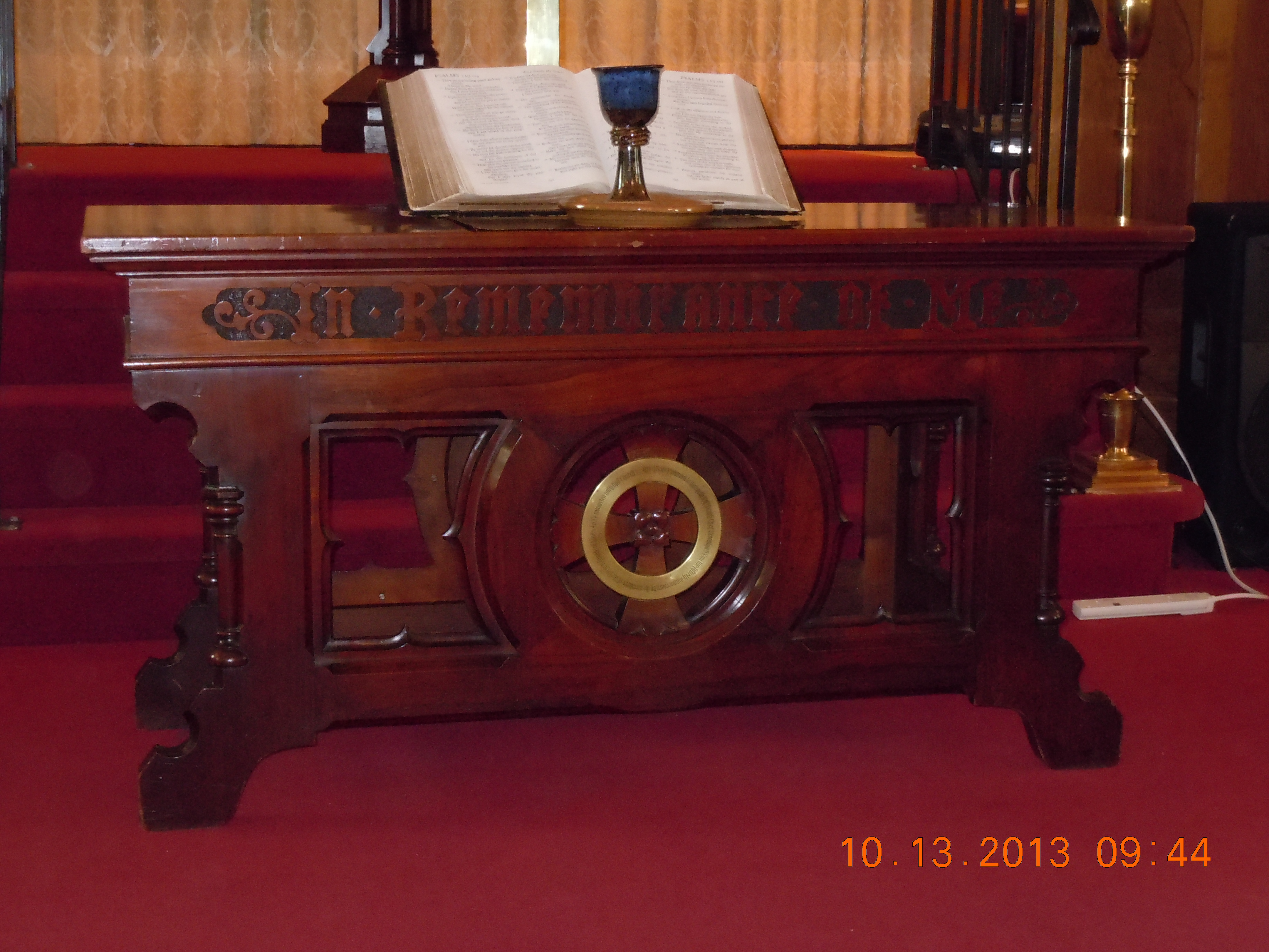 file:bruc south reformed communion table - wikimedia commons