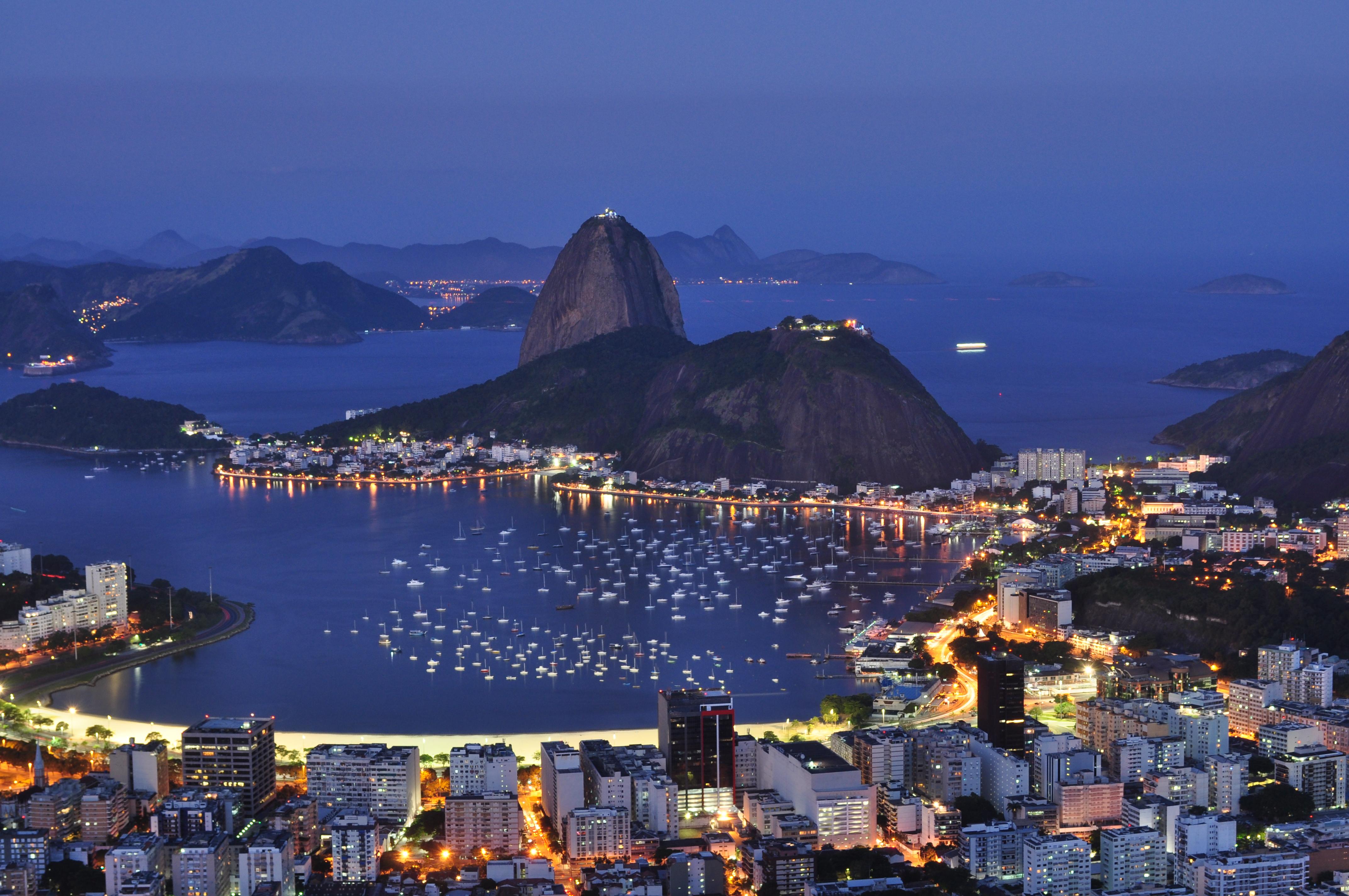 Resultado de imagem para Baía de Guanabara