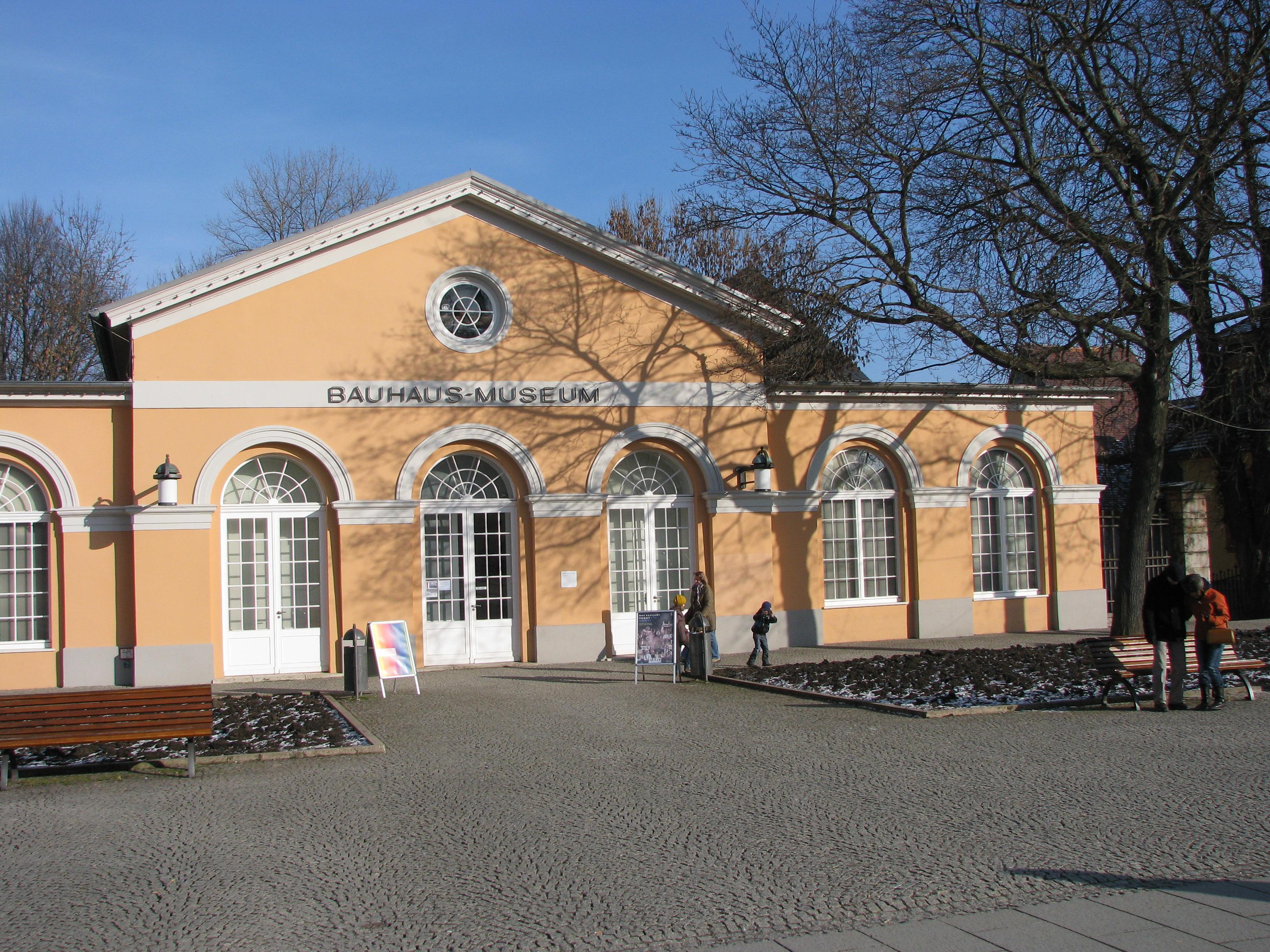 File bauhaus museum in weimar jpg wikimedia commons - Architektur weimar ...