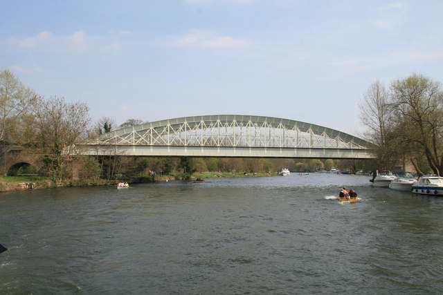 Brunel's railway bridge, Windsor - geograph.org.uk - 396591