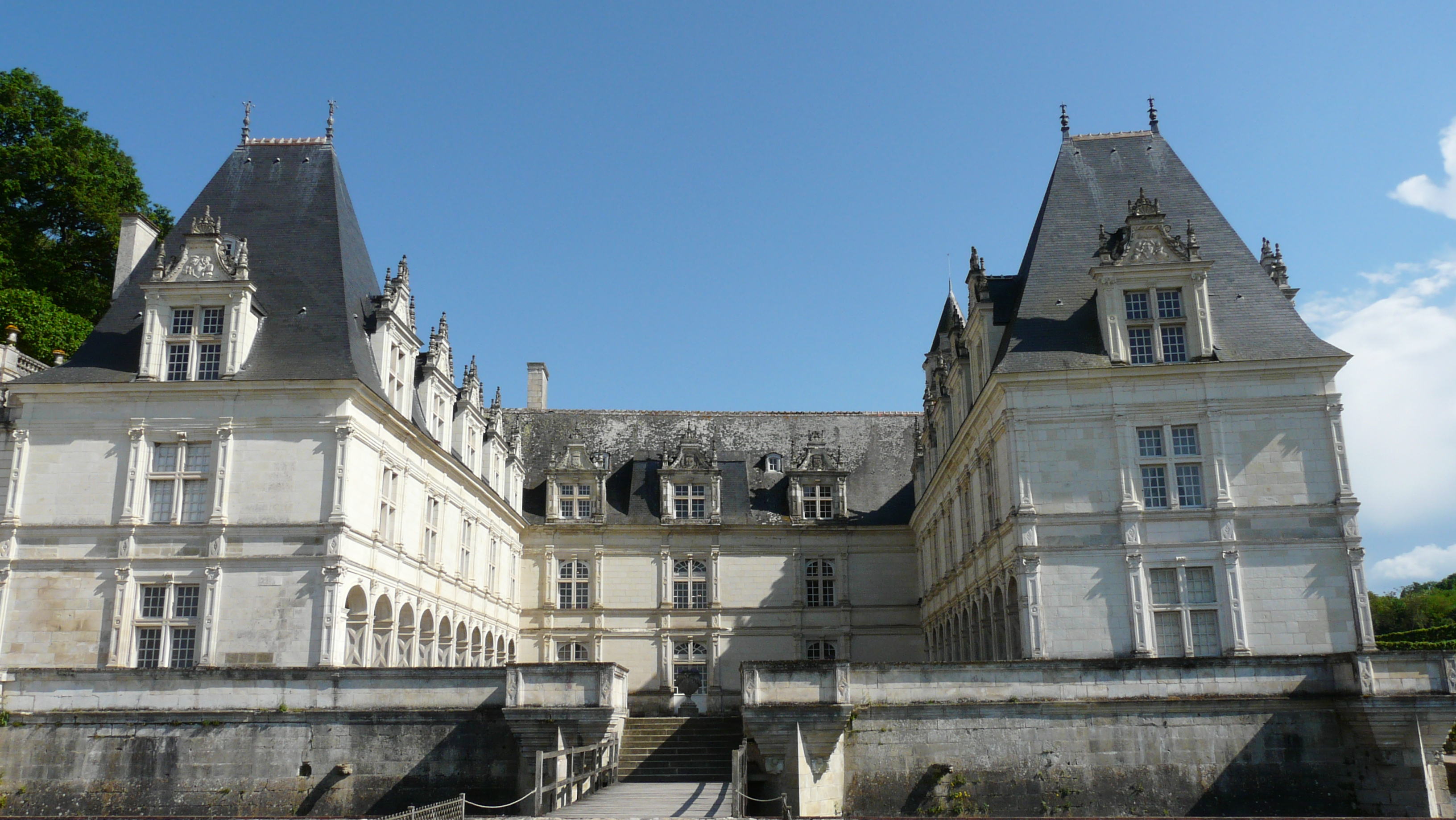 File:Chateau villandry facade.jpg - Wikimedia Commons