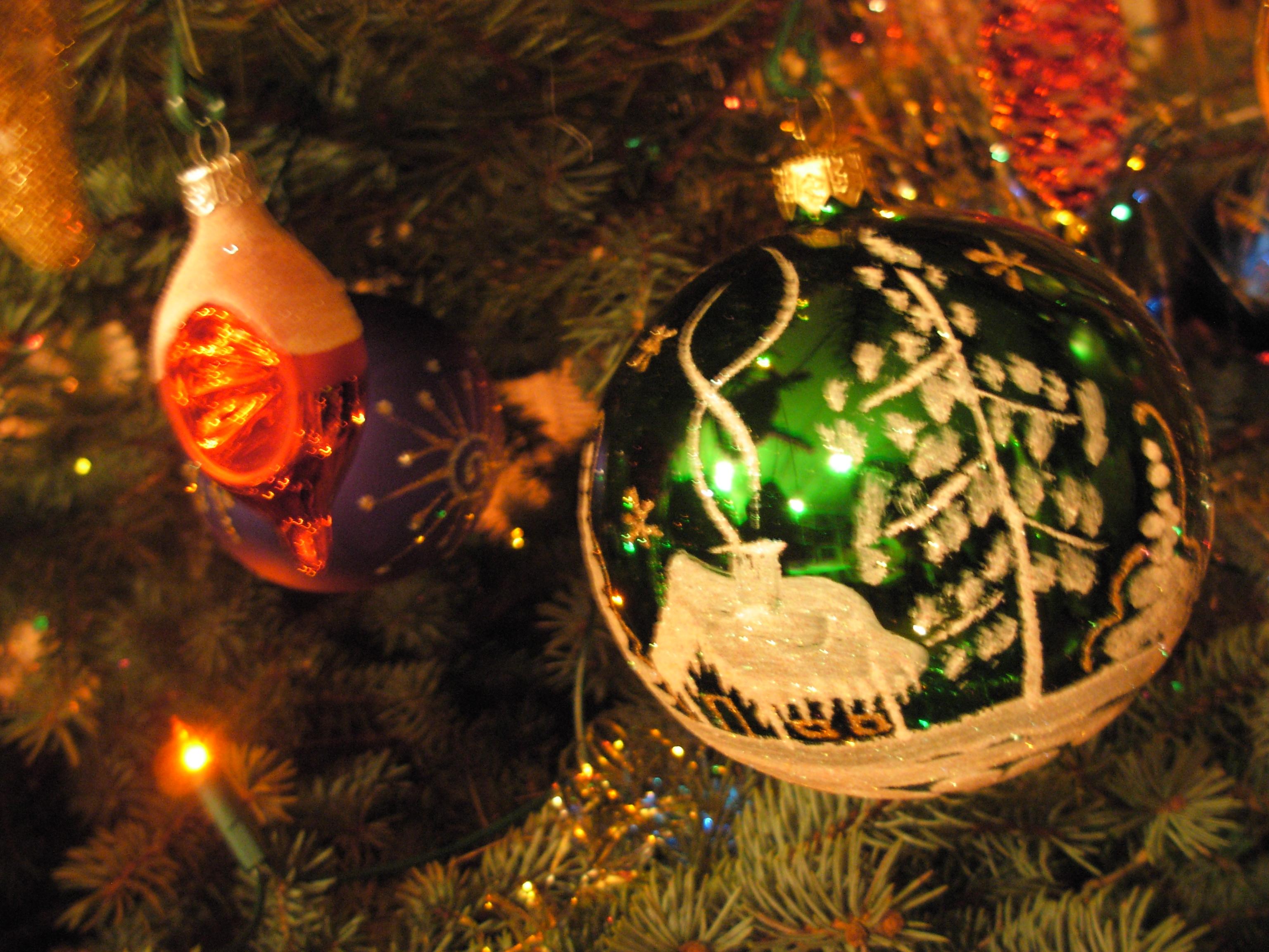 Christmas Tree Decorate