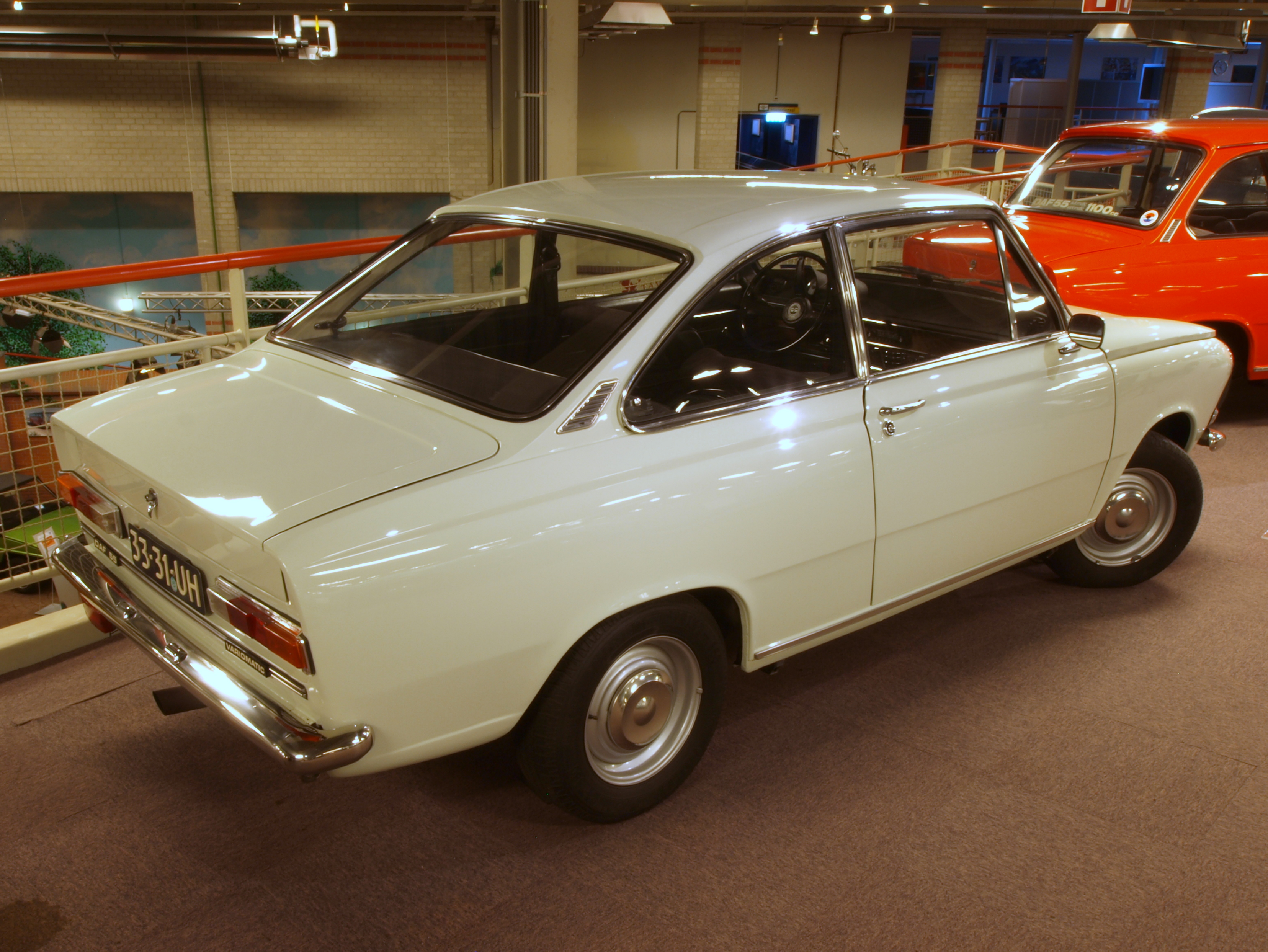 File:DAF 55 coupe (2nd type) type 5504 pic1.JPG