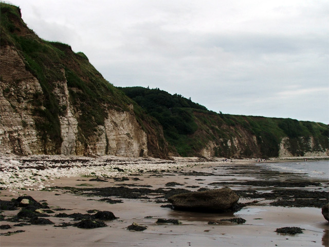 Dane's Dyke from the beach - geograph.org.uk - 506337